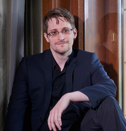 Эдвард Сноуден впервые станет отцом
