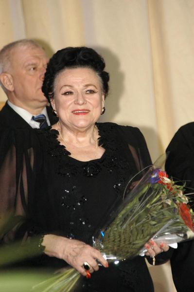 Людмила Зыкина