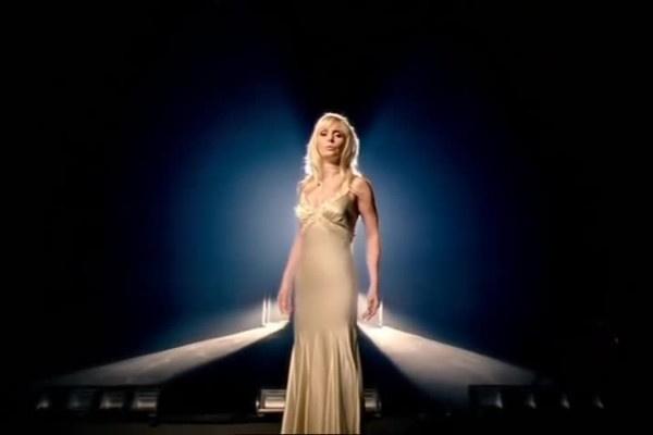 Клип Back To Love обошелся Валерии в 300 тысяч долларов