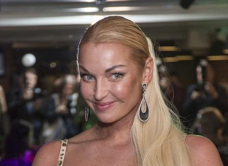 Анастасия Волочкова: «Всей стране желаю такого алкоголизма»