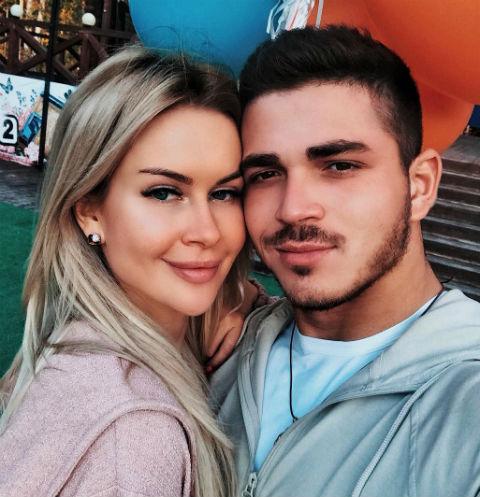 Марина Африкантова и Роман Капаклы