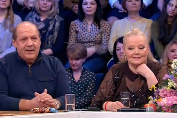 Людмила Сенчина и ее муж Владимир Андреев с студии программы «Сегодня вечером»