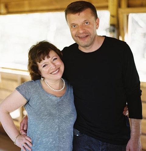 Леонид Парфенов с женой Еленой Чекаловой