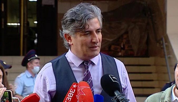 Отжал половину дома и обманывал людей: скандальные факты биографии адвоката Михаила Ефремова