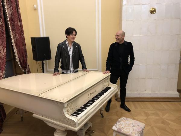 8 марта певец и композитор представят новую песню