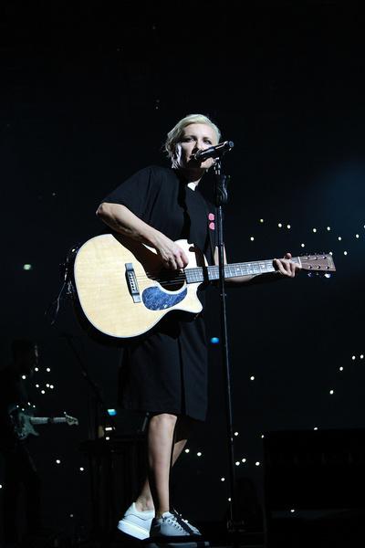 Певица выступала перед 14-тысячной аудиторией