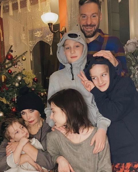 Татьяна Васильева сделала омолаживающие процедуры