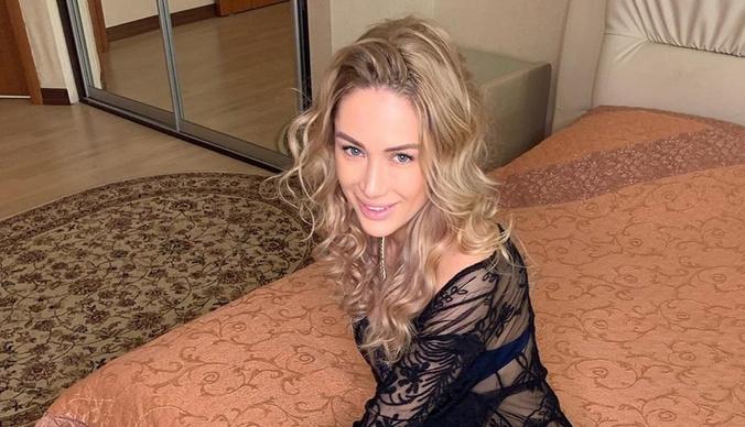 Беременная двойней Алена Ашмарина потратила 6 миллионов на покупку дома