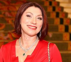 Роза Сябитова: «Когда от груди остались уши спаниеля, сделала тюнинг, превратив в два «мерседеса»