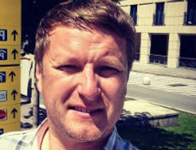 Евгений Кафельников окончательно разорвал отношения с женой