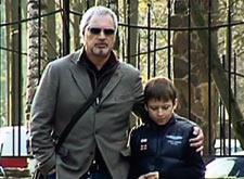 Валерий Меладзе впервые появился на публике с сыном от Альбины Джанабаевой