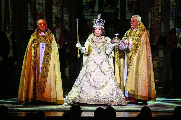 Инна Михайловна блистательно воплотила образ королевы Елизаветы II в спектакле «Аудиенция»