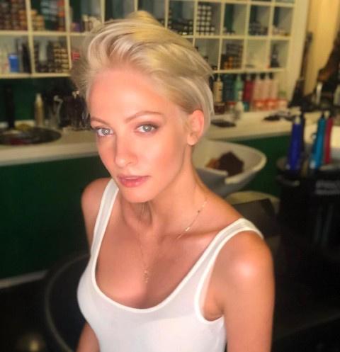 Не Корешков: Полина Максимова снялась в постельной сцене с другим