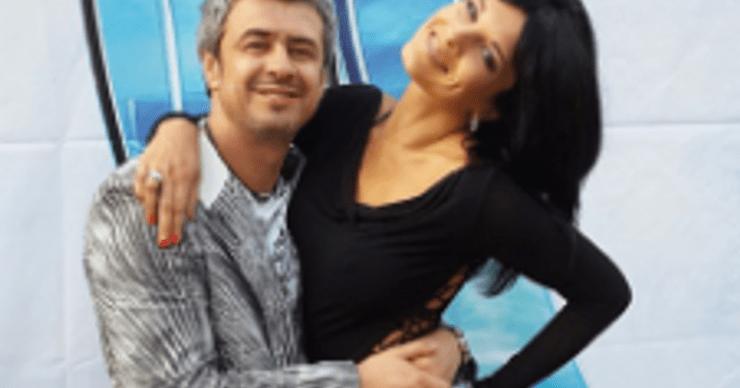 Муж Ольги Романовской позволяет ей раздеваться на публике