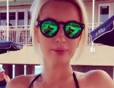 Лера Кудрявцева показала стройную фигуру в бикини