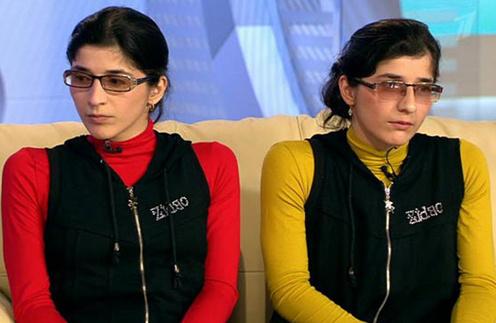 Зита (слева)и Гита (справа) Резахановы