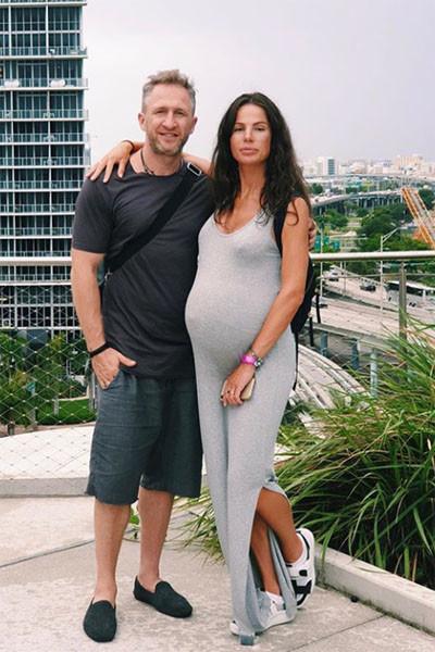 Юлия и Оскар воспитывают пятерых детей