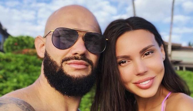 Сколько стоили роды жены Джигана в Майами