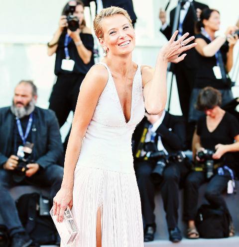 Юлия Высоцкая представляла фильм «Рай» на 73-м Венецианском кинофестивале 8 сентября 2016 года