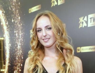 Сестра Нюши подтвердила роман с солистом «Челси» Арсением Бородиным
