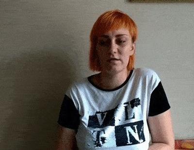 Мама жестоко убитой Вики Тепляковой оставила ее маленького брата и пропала