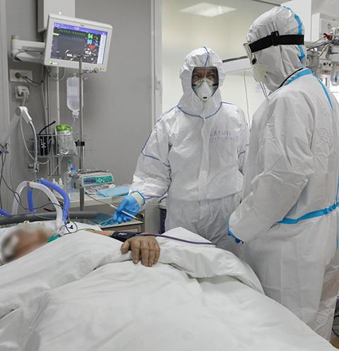 Многие больные коронавирусом находятся на ИВЛ 20 дней