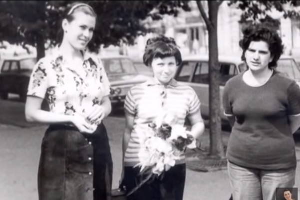 Еще в юности Валентина Толкунова начала выступать на серьезных мероприятиях