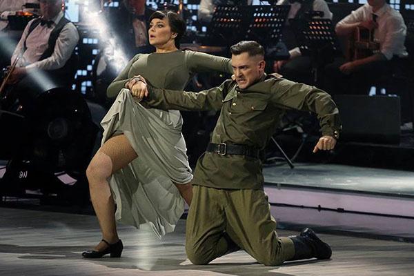 Зажигательный пасадобль в исполнении Ирины Пеговой и Андрея Козловского