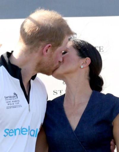 Но иногда Гарри и Меган могут позволить себе проявления страсти