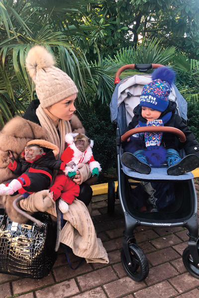 В Сочи Милана с сыном сходили в зоопарк