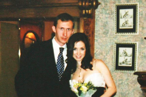 Была в секте и вышла замуж за брата. Слухи, едва не погубившие карьеру Анны Большовой
