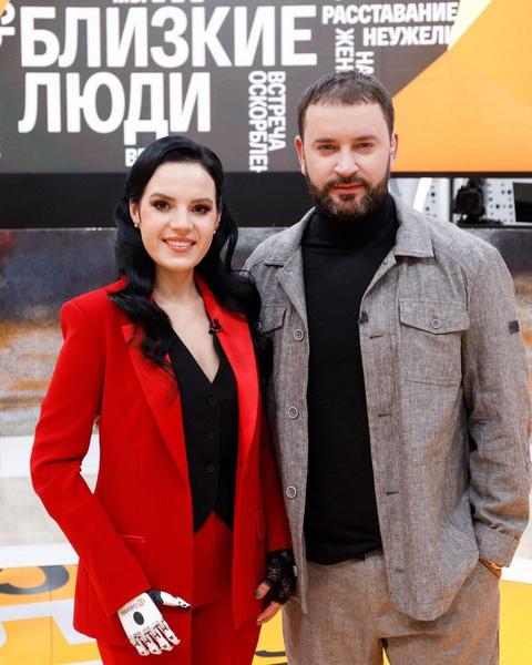 Маргарита Грачева и Леонид Закошанский ведут передачу «Близкие люди»