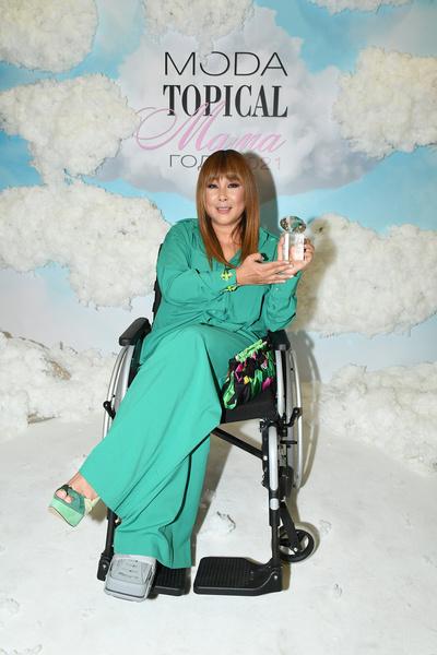 Анита Цой стала звездой вечера