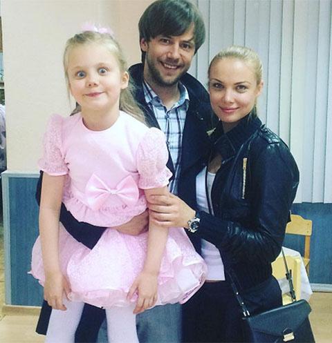 Иван Жидков, Татьяна Арнтгольц и их дочка Маша