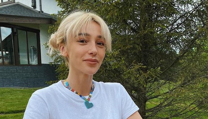 Айза – Насте Ивлеевой: «Деревня будет в тебе вечно!»