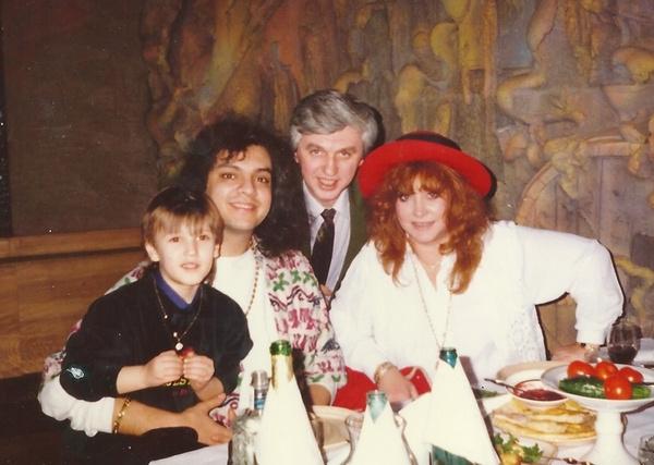 Филипп Киркоров, Алла Пугачева, Михаил Садчиков с сыном