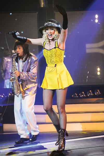 Пародию Ксаны Сергиенко на песню «Белый мерседес» Маши Распутиной покажут в одном из ближайших эфиров