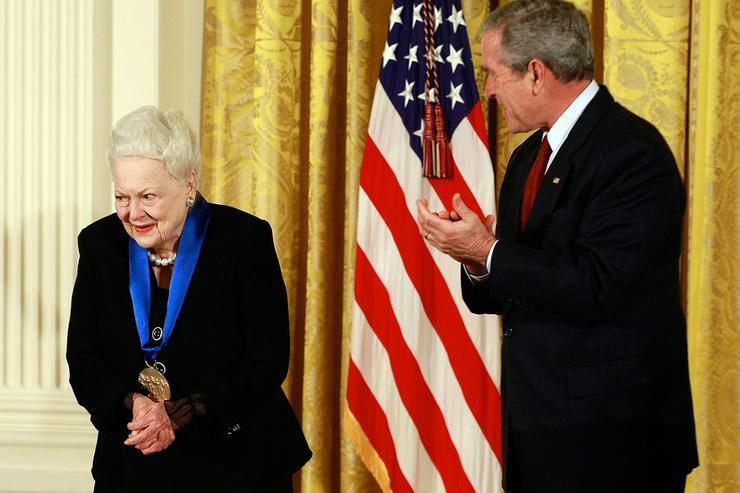 В 2008-м звезда получила Национальную медаль искусств