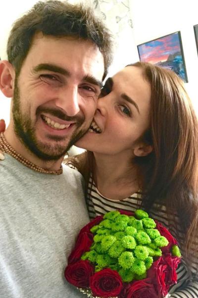 Стефано разделяет любовь Сати к веганской кухне