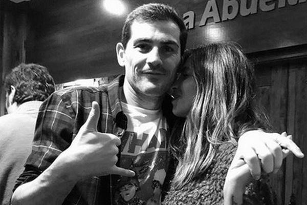 Икер Касильяс с супругой Сарой