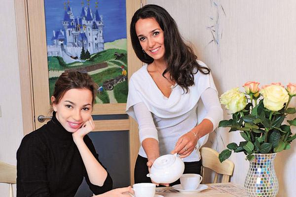 Анастасия и Валерия Ланская