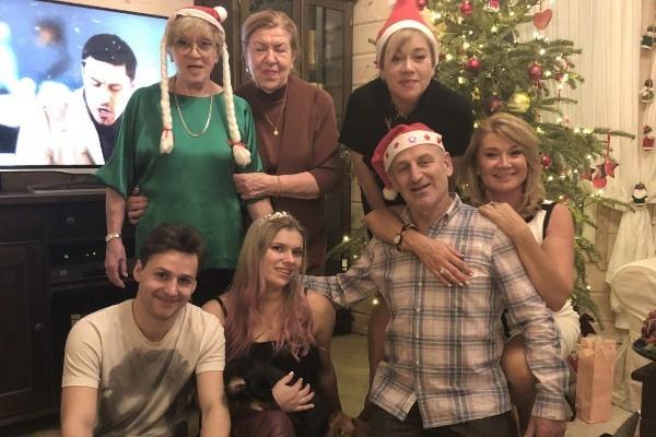 Главным приоритетом для Алисы Фрейндлих остается семья