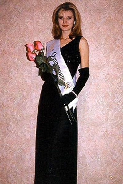 Элеонора Кондратюк заняла в 1998-м третье место на конкурсе красоты