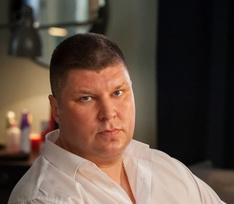 Звезда сериала «Универ» Андрей Свиридов развелся с женой