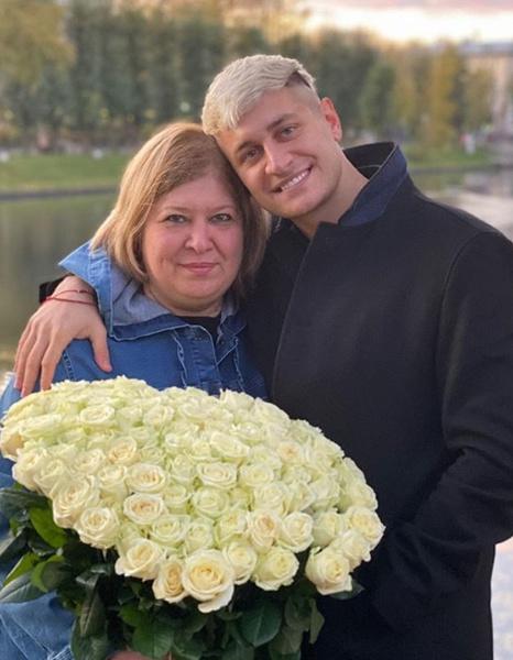 Дава потратил на лечение матери 900 тысяч рублей