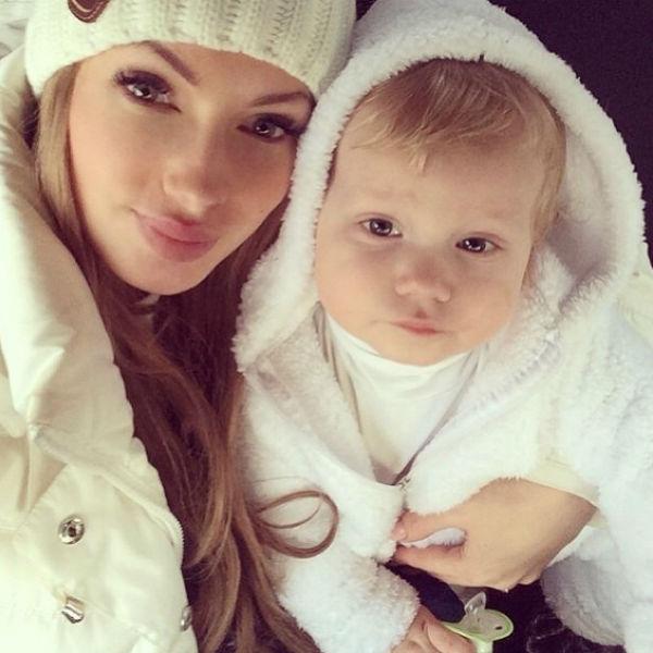 Евгению расстраивает тот факт, что крестная мама ее сына совсем не интересуется его жизнью