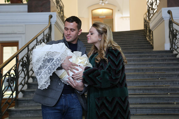 Александр и Милана рады рождению наследника