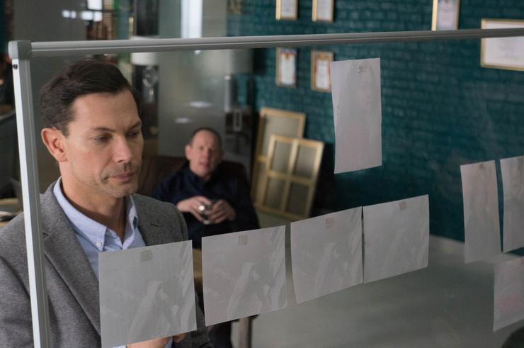 В новом проекте Первого канала актер играет талантливого адвоката