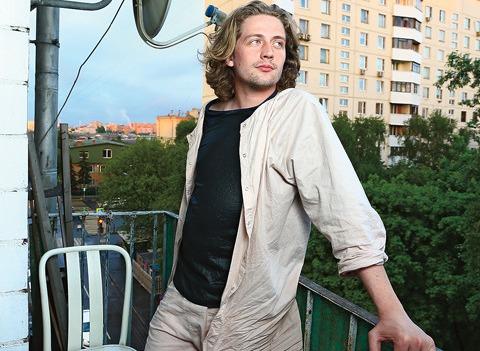 Ведущий передачи «Дачный ответ» Андрей Довгопол показал, в каких условиях он живет