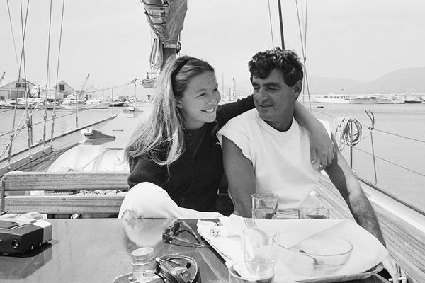 Вторым мужем актрисы стал летчик Жан-Клод Бруйе